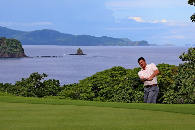 Golfer in Papagayo Costa Rica
