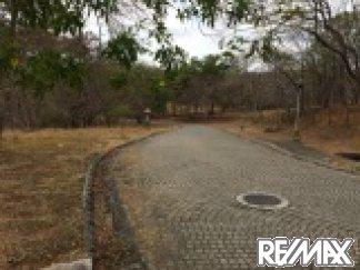 Road alongside Los Altos Del Cacique Lot 77