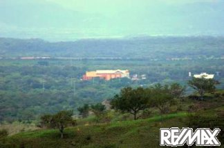 Liberia Mall in the distance - incredible night views!