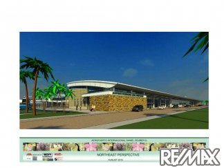 Newly expanded Liberia International Airport - 1 minute from Solarium
