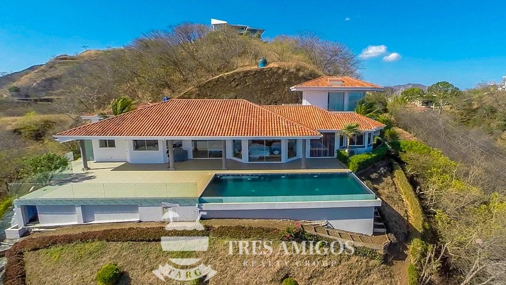 Aerial view of luxury home Aguila del Mar in Costa Rica